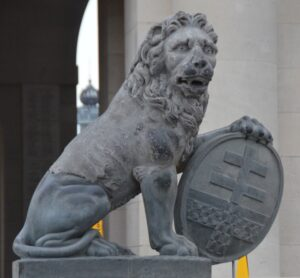 Australia's Menin Gate Lions gift strengthens friendship with Ypres